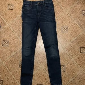 Abercrombie and fitch simone high rise 2R jeans
